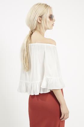29264d6072a69 Lyst - TOPSHOP Petite Crinkle Off Shoulder Bardot Top in White