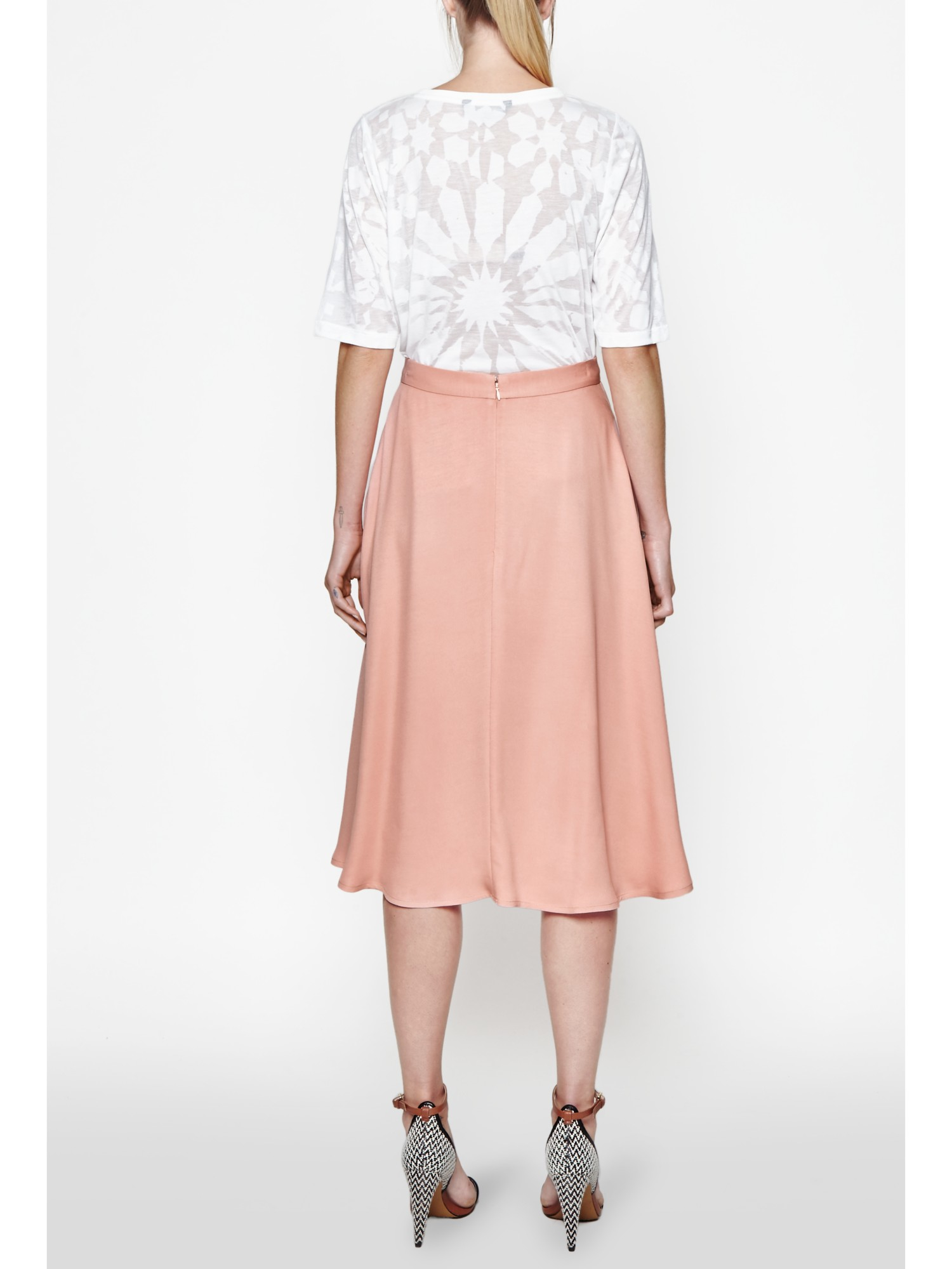 Shop Kasper Crepe Pencil Midi Skirt online at thrushop-9b4y6tny.ga Dress for the big meeting in Kasper's sleek midi skirt featuring a classic pencil fit and midi-length style. Macy's Presents: The Edit- A curated mix of fashion and inspiration Check It Out/5(44).