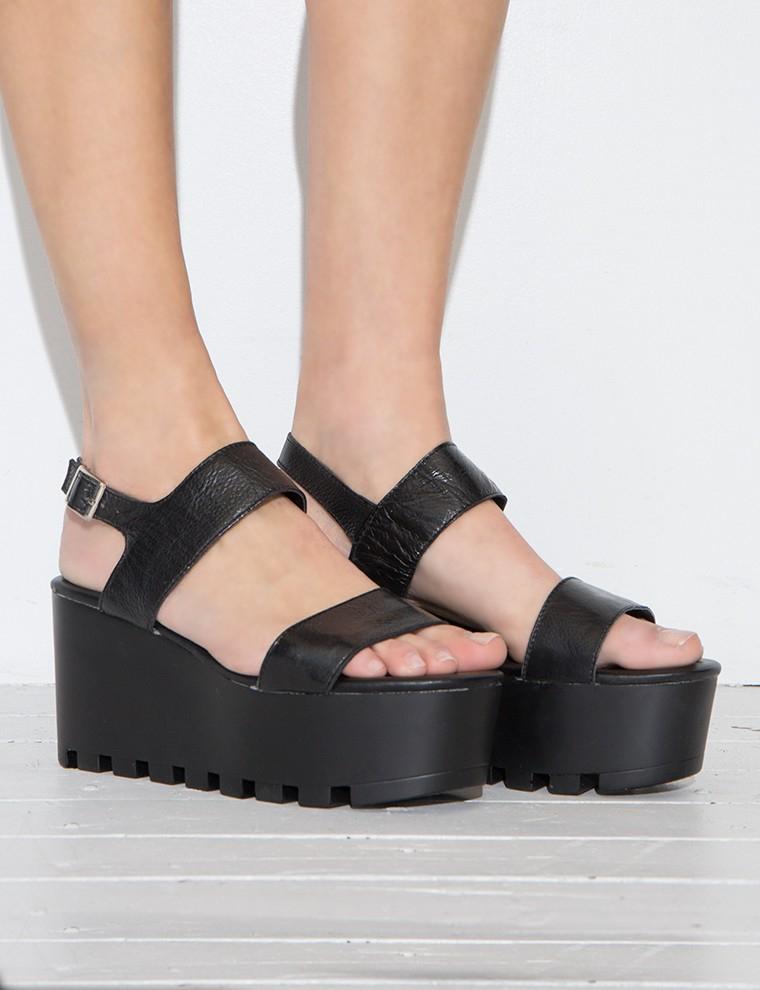 Pixie Market Black Lug Sole Platform Sandals In Black Lyst
