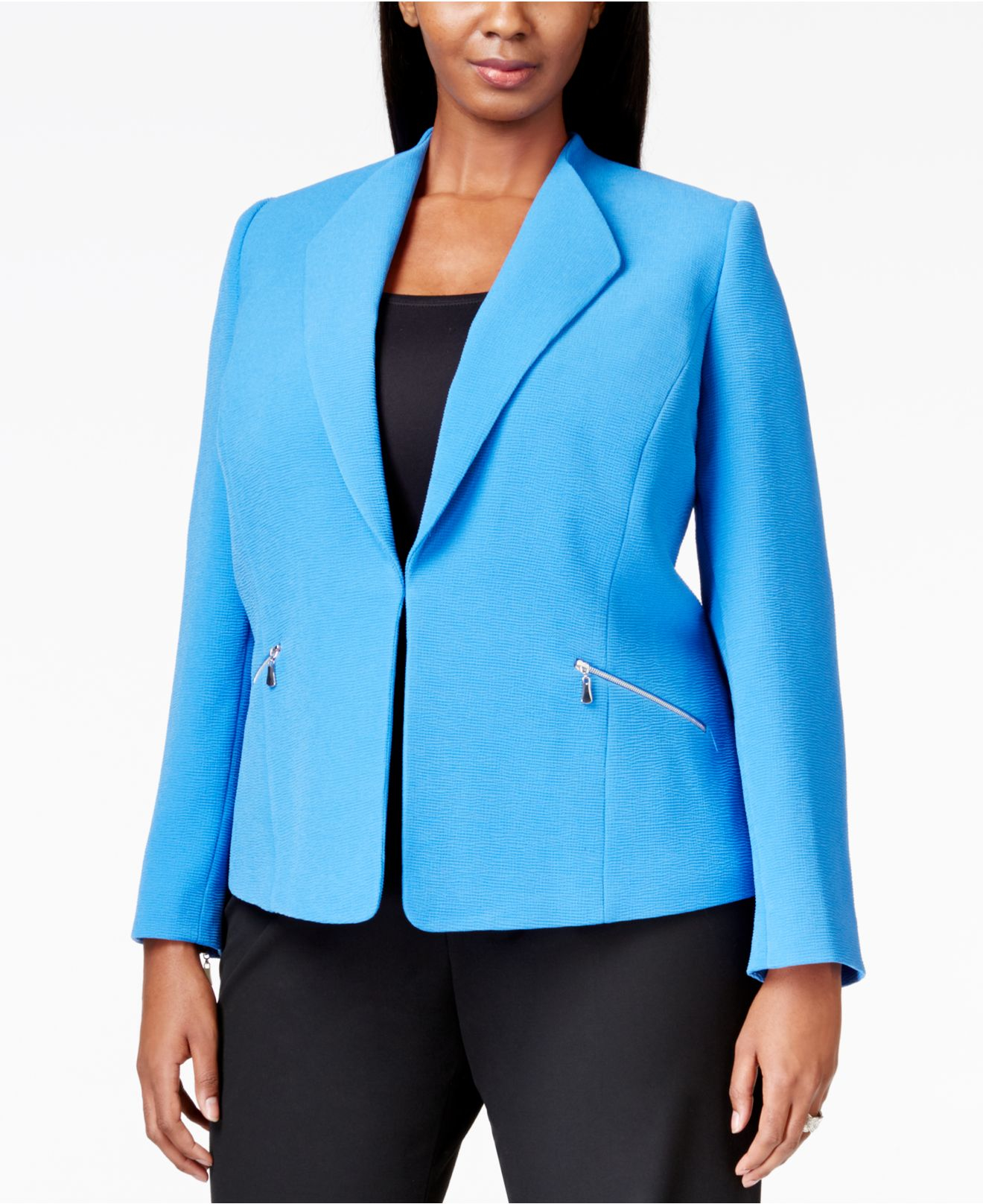 Shop Plus Size Jackets & Blazers in modern and classic styles at distrib-wjmx2fn9.ga Get the perfect fit at the best price in on-trend plus size fashions today!