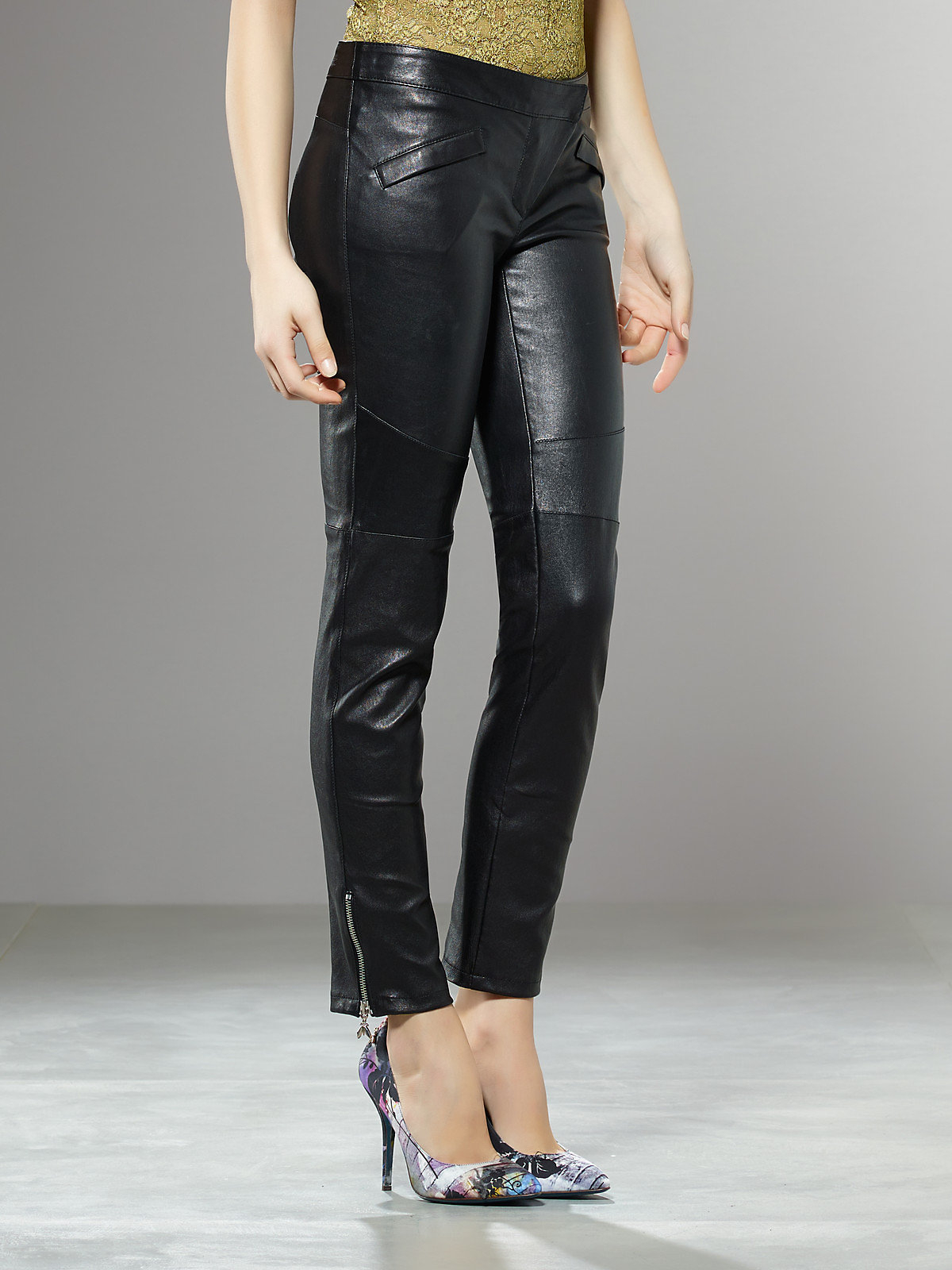 patrizia pepe leather trousers in black nero lyst. Black Bedroom Furniture Sets. Home Design Ideas