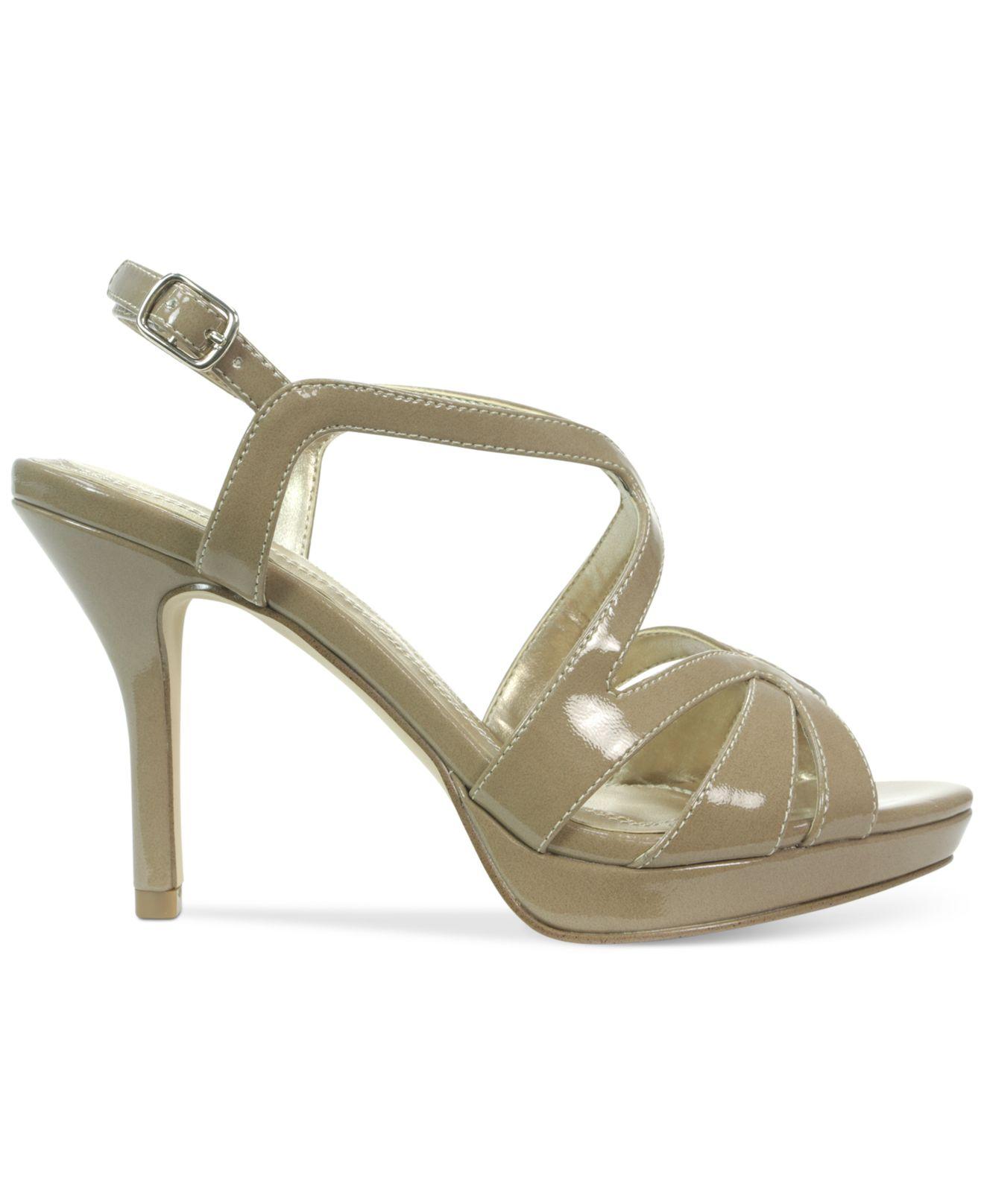 tahari balthasar platform dress sandals in green lyst
