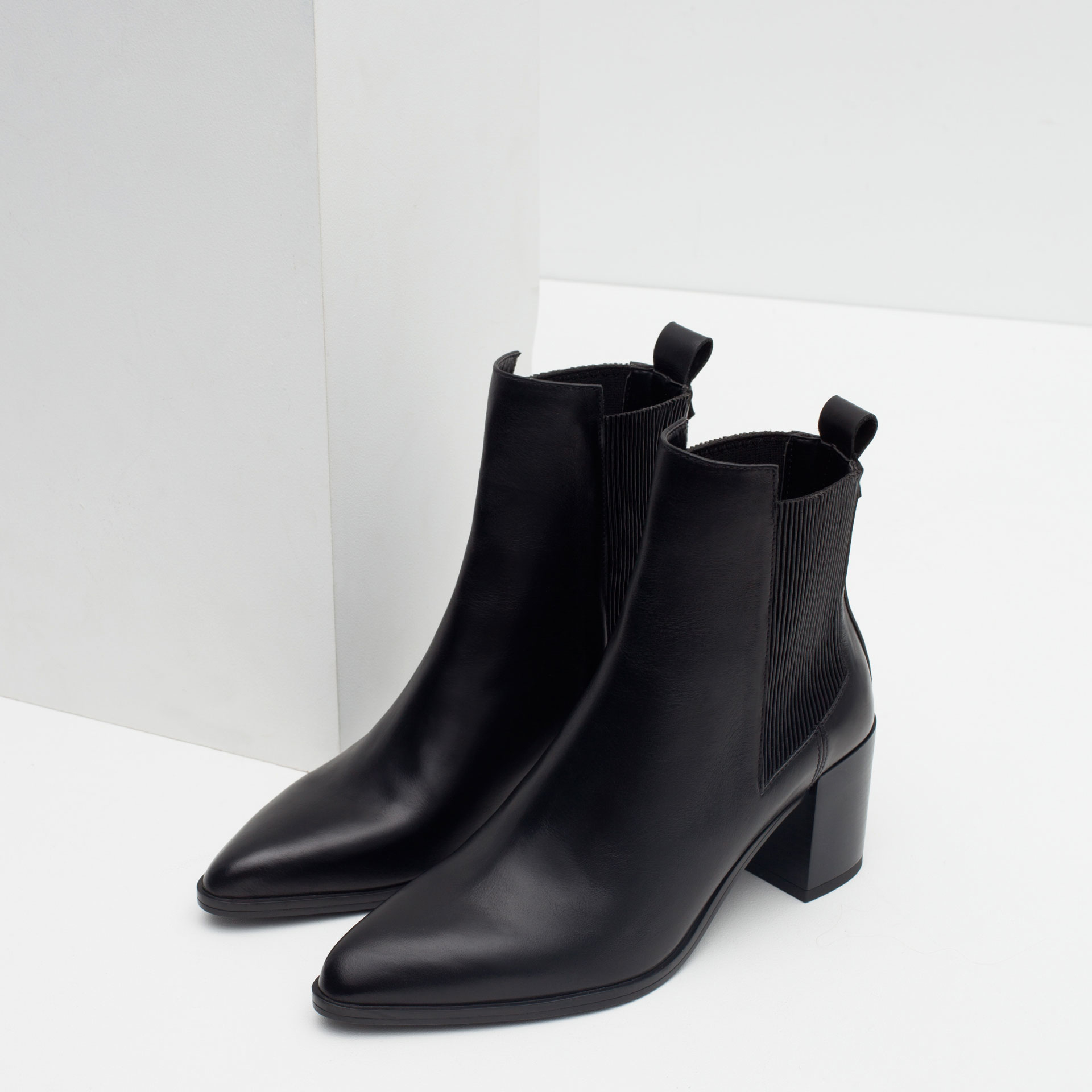 Zara Block Heel Leather Ankle Boots With Stretch Detail in Black ...