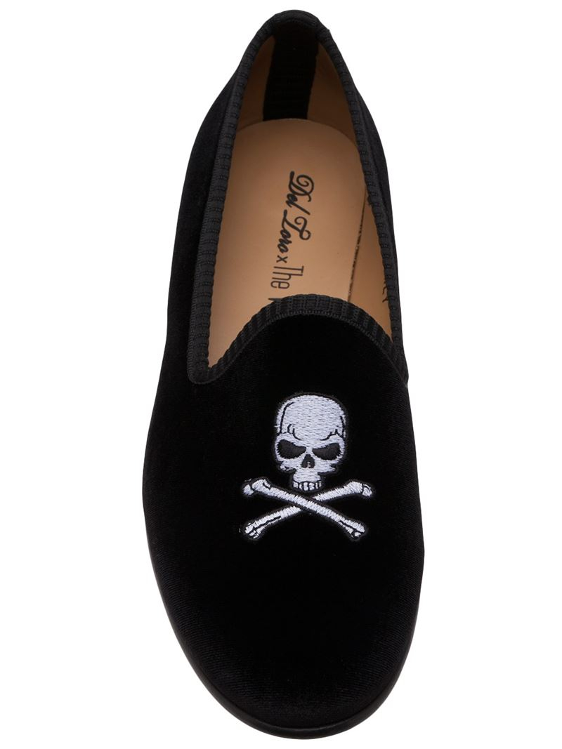 490ae502615 Lyst - Del Toro Skull   Crossbones Slippers in Black