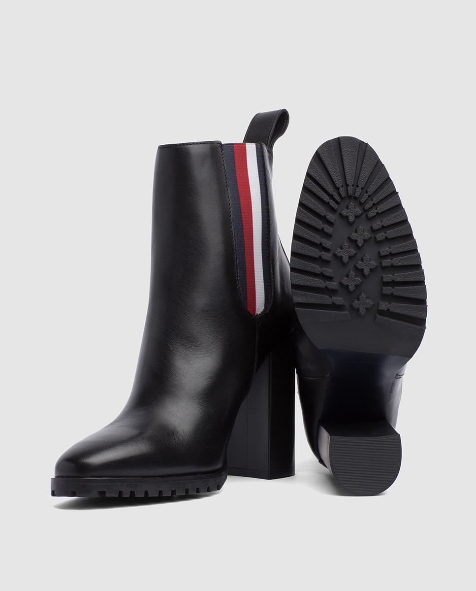 6bf288de0cd397 Lyst - Tommy Hilfiger Gigi Hadid Heeled Ankle Boot in Black