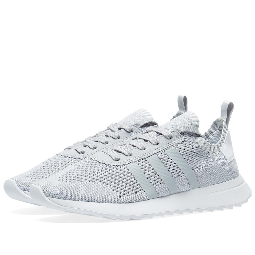 sale retailer 0a02d 0803f Lyst - adidas Originals Womens Flashback W Pk in Gray