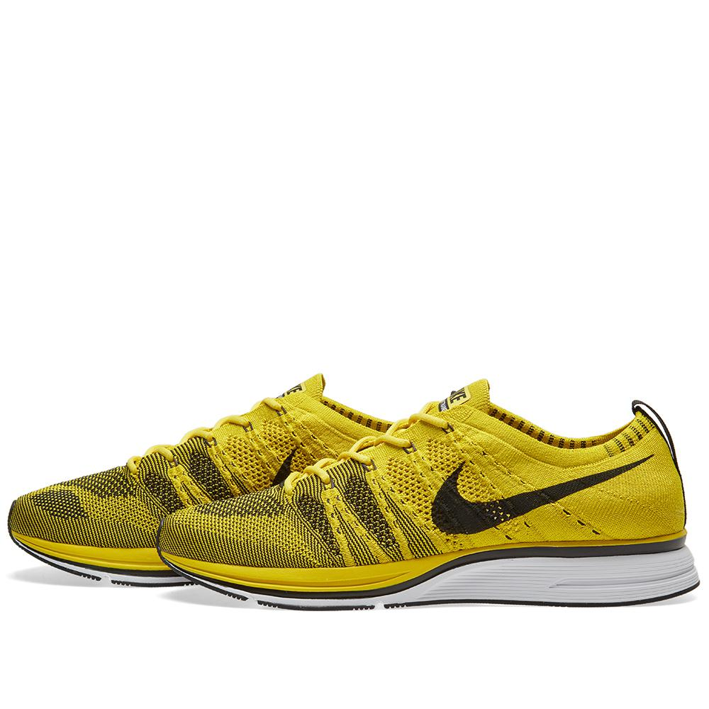 b168ace42ca65 Nike Flyknit Trainer in Yellow for Men - Lyst