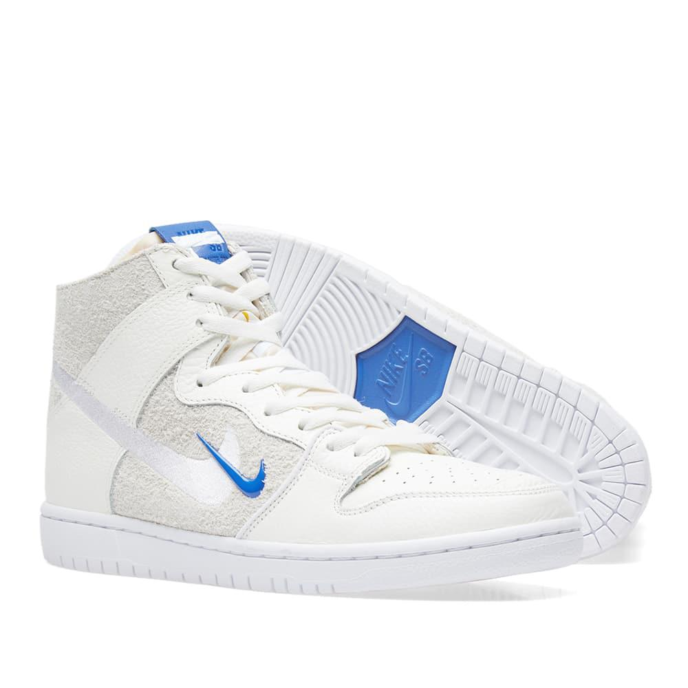 the latest 36404 2de77 Nike Nike X Soulland Sb Zoom Dunk High Pro Qs in White for Men - Lyst