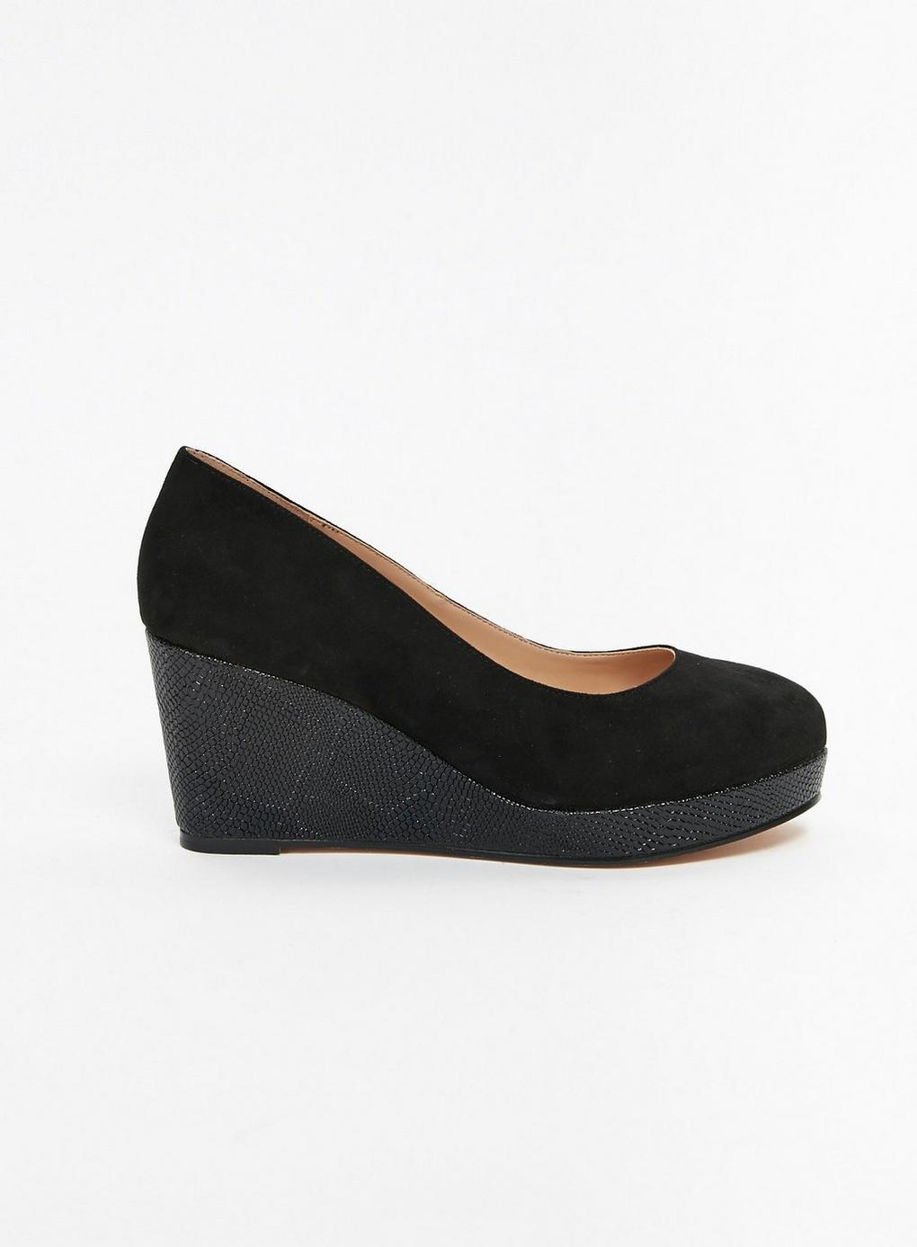 a71db6377881 Evans Extra Wide Fit Black Snake Effect Wedge Heel Shoes in Black - Lyst