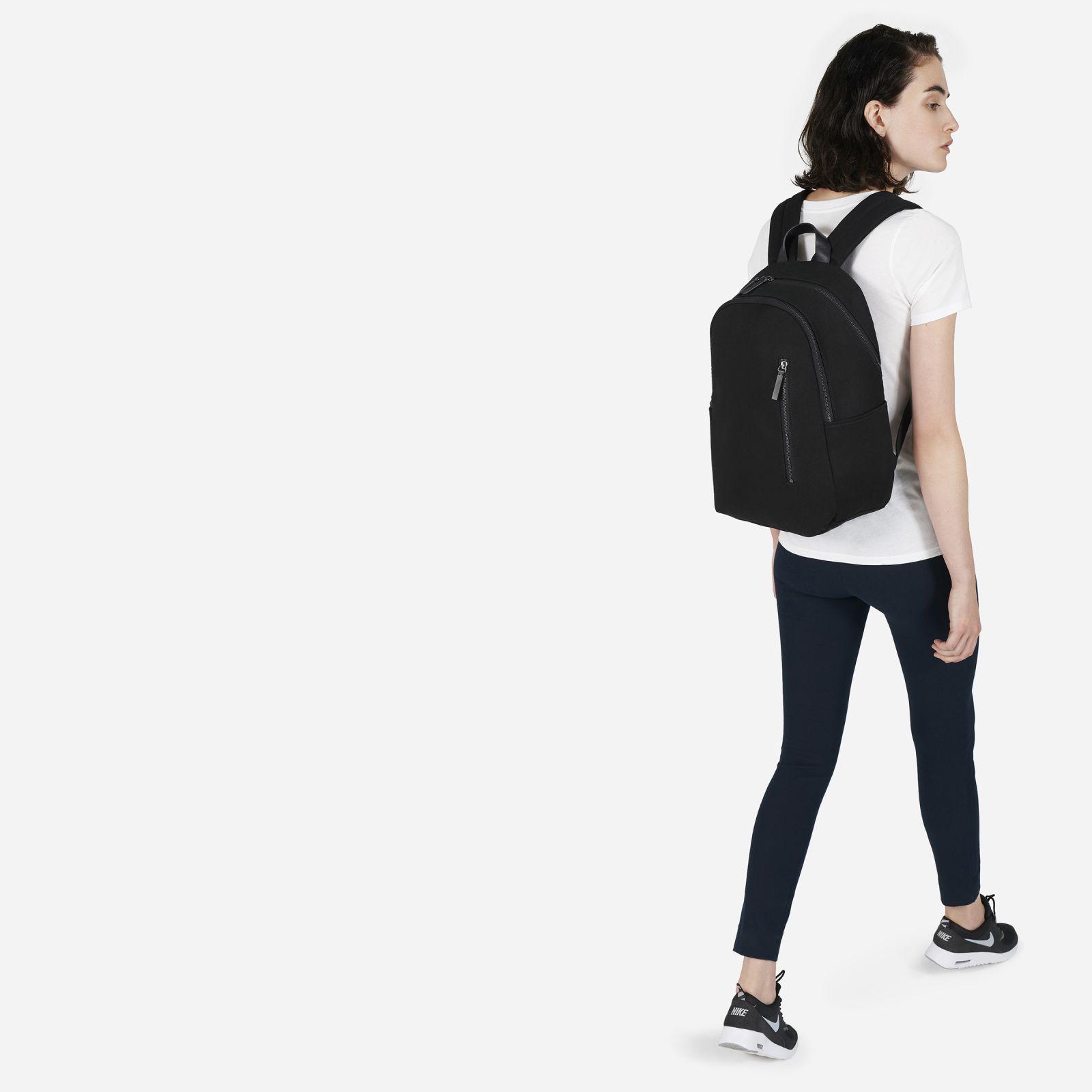 9edf61724e29 Lyst - Everlane The Modern Commuter Backpack in Black