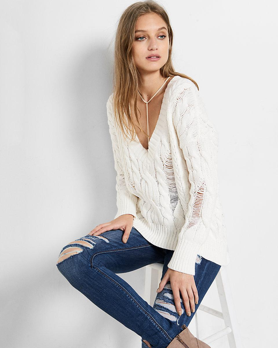 95d03fabf43 Express Deep-v Cable Knit Sweater in White - Lyst