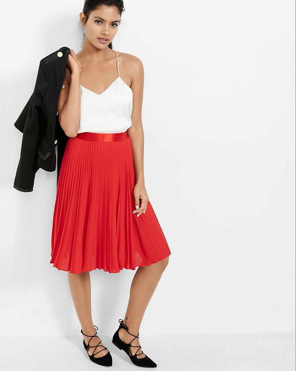express high waisted pleated midi skirt in lyst