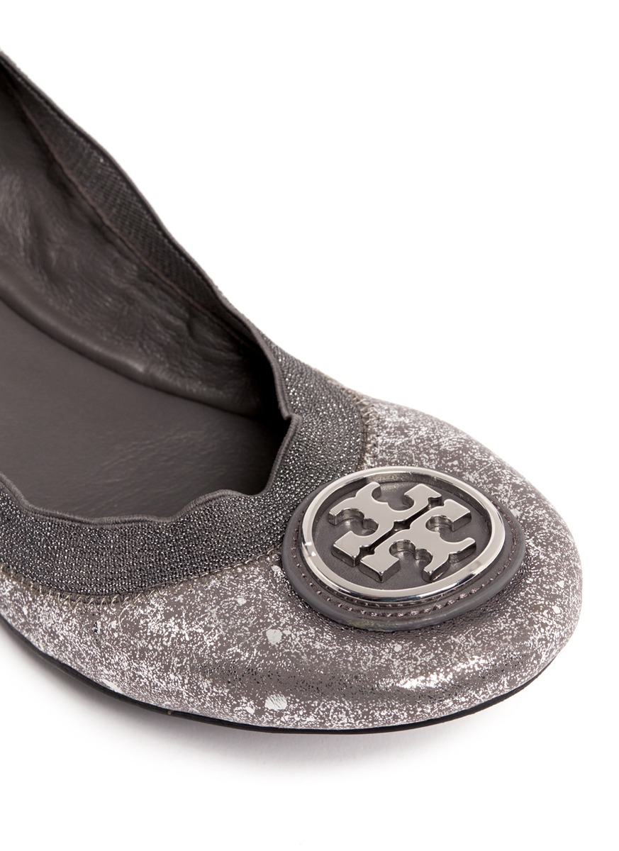95f93208f7fe Lyst - Tory Burch Caroline 2 Metallic Leather Ballet Flats in Metallic