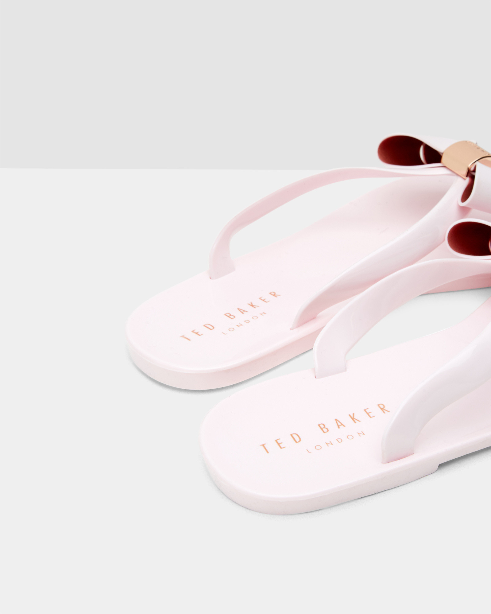 95821180b0b6 Lyst - Ted Baker Bow Flip Flops in Pink