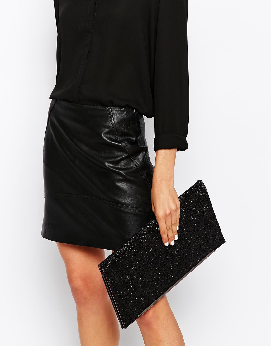 Nali Oversized Glitter Clutch Bag in Black | Lyst