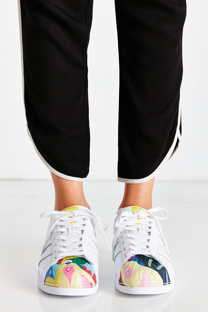 63ae26b16441 Gallery. Previously sold at  Urban Outfitters · Women s Adidas Superstar  Supershell ...