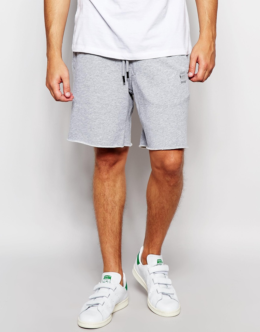 The number one resource for mens sweat shorts. Find fleece, french terry, cargo, and grey sweat shorts. Recommending the best sweatshorts from around the world.
