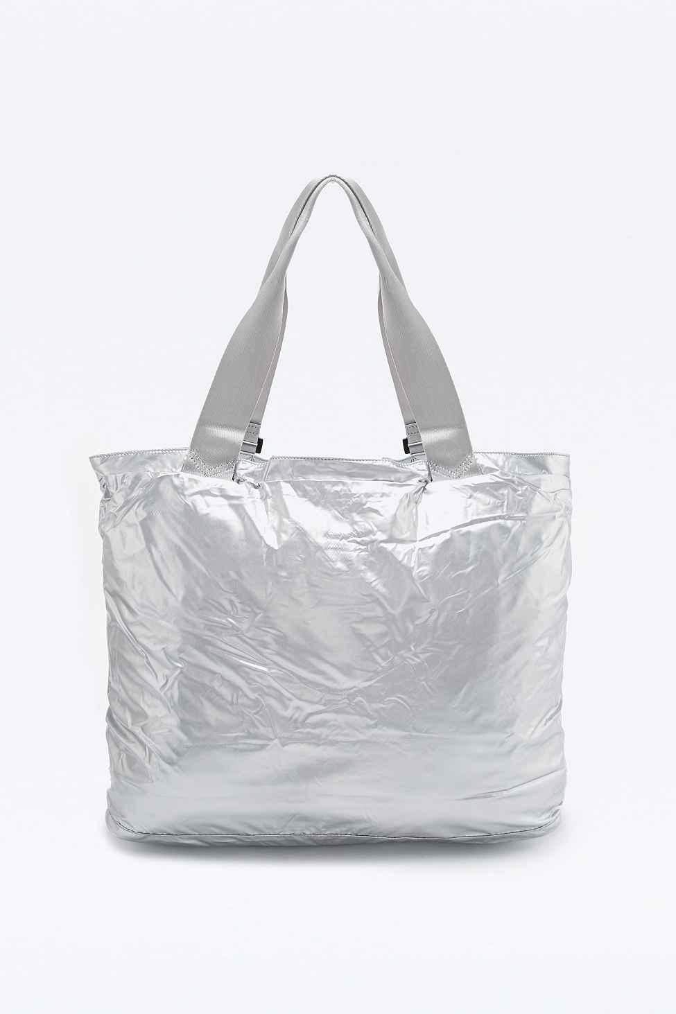 cf90c6a0254a Nike Metallic London Tote Bag In Silver in Metallic - Lyst