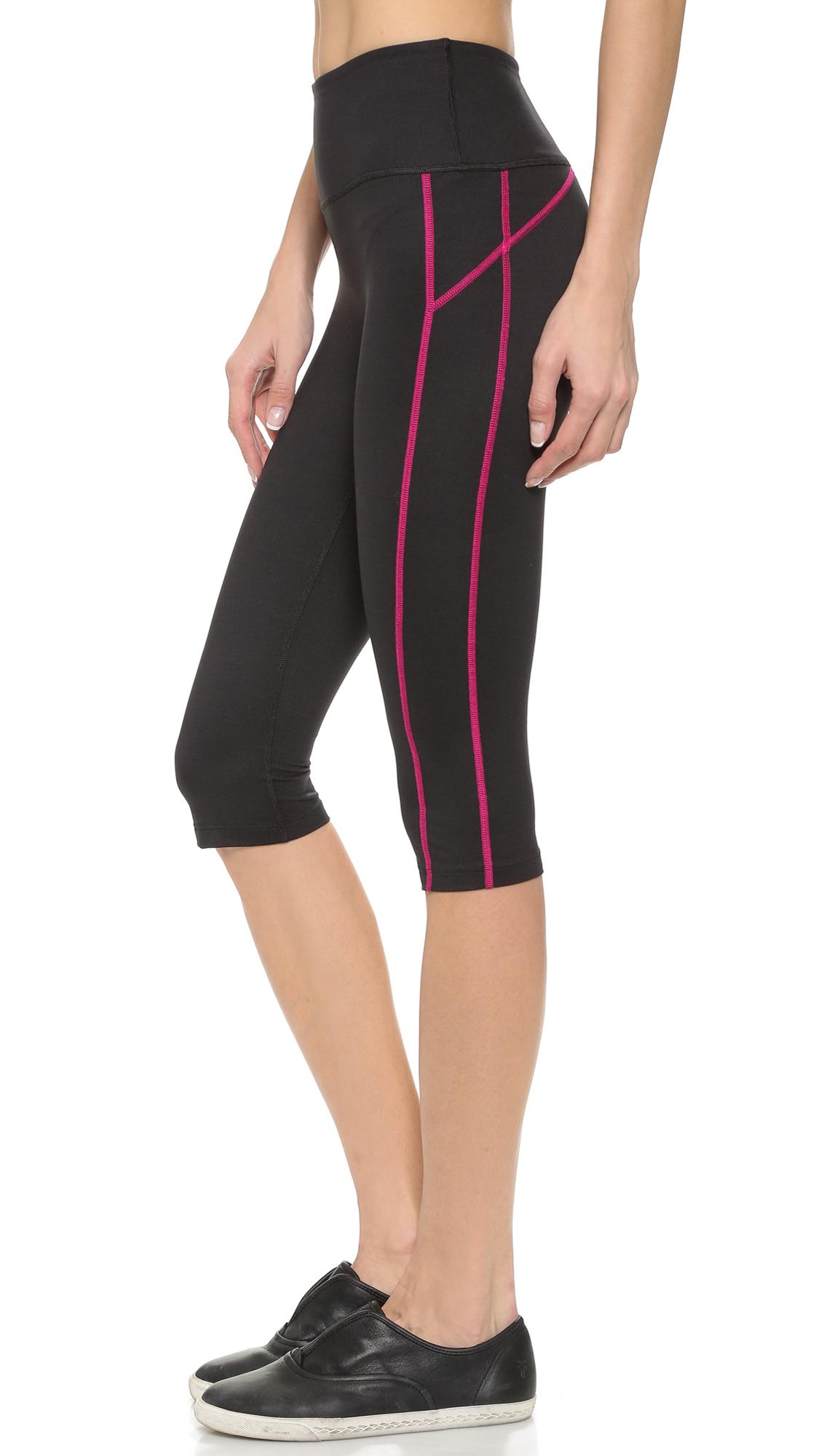 5004388e72 Spanx Knee Length Leggings - Active Black in Black - Lyst