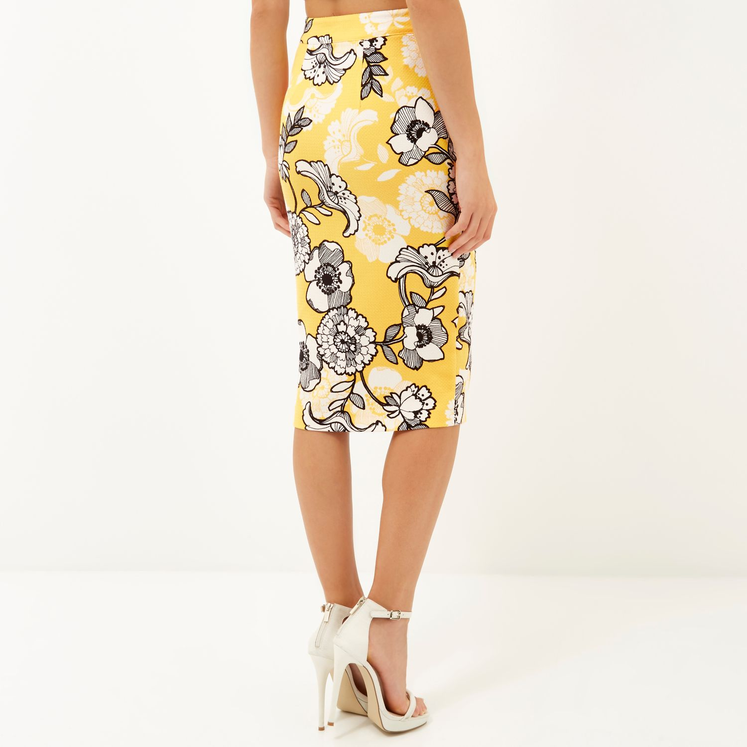 25ec0de9f1 River Island Yellow Floral Print Front Zip Pencil Skirt in Yellow - Lyst