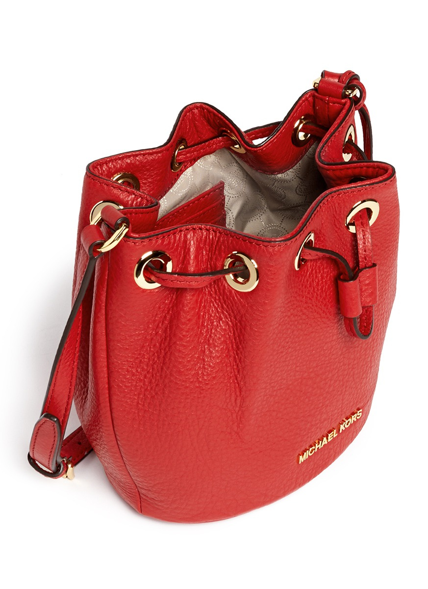 0a82e1d7604b Michael Kors 'jules' Leather Crossbody Bucket Bag in Red - Lyst