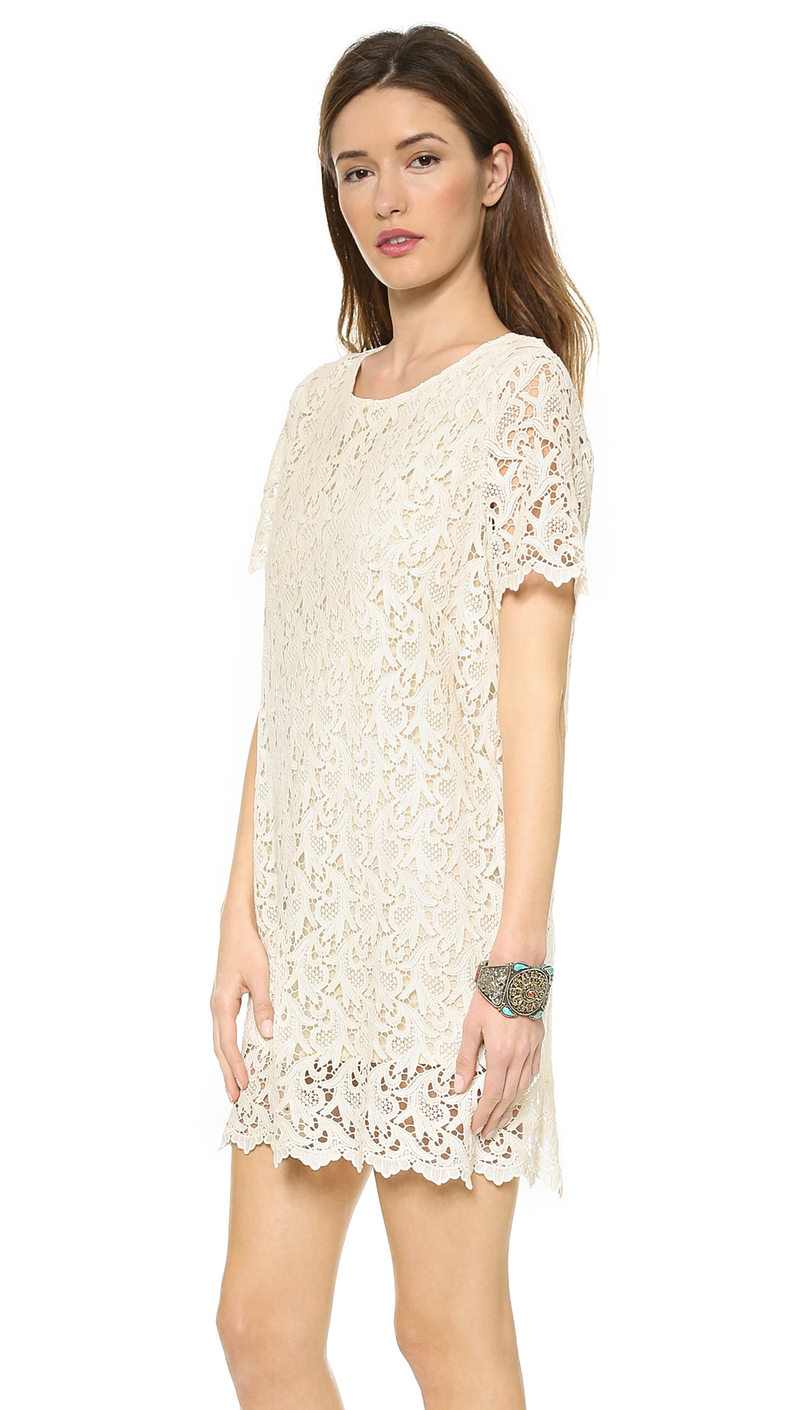 Blaque label Short Sleeve Lace Dress Cream in Natural | Lyst