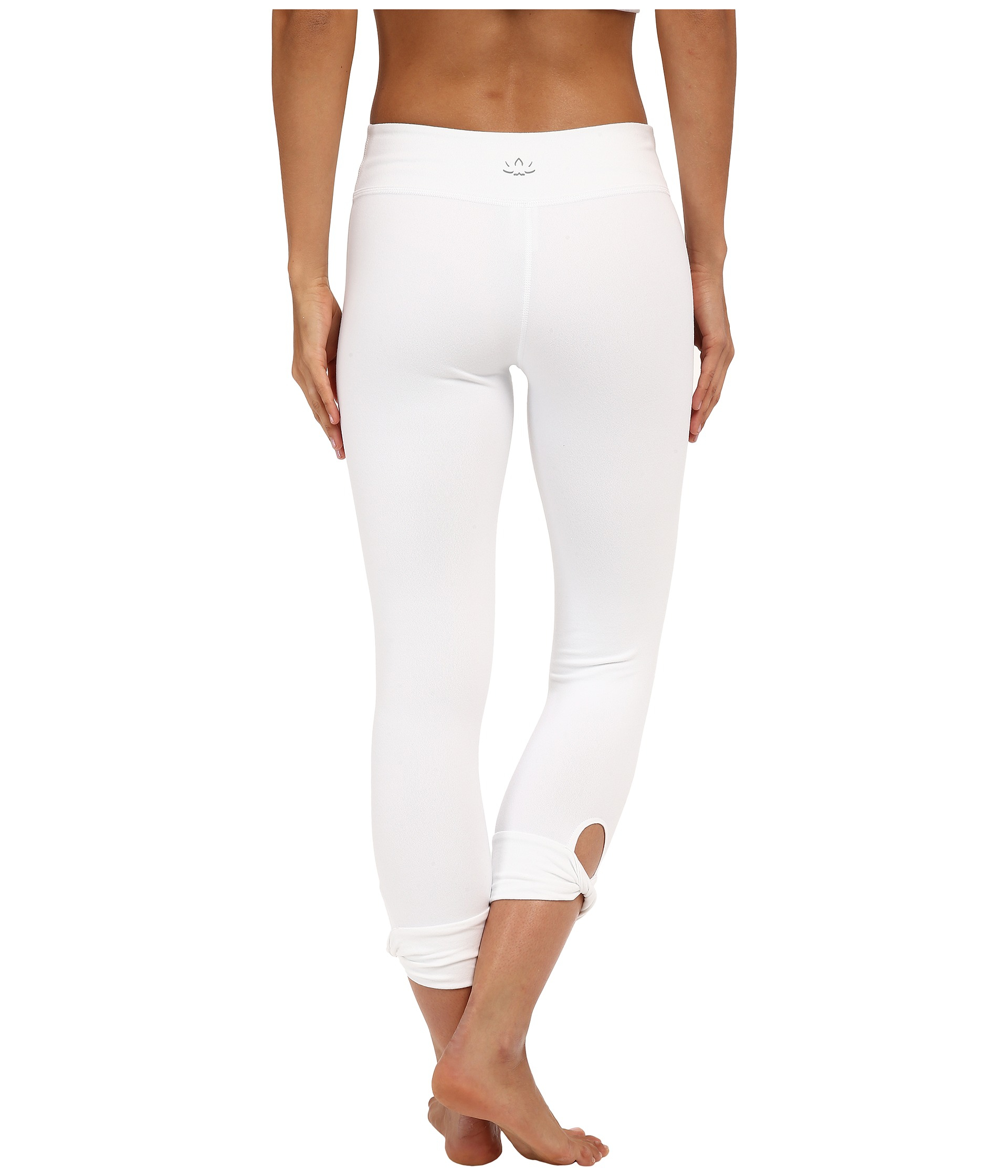 Beyond yoga Twisted Cuff Capri Leggings in White | Lyst