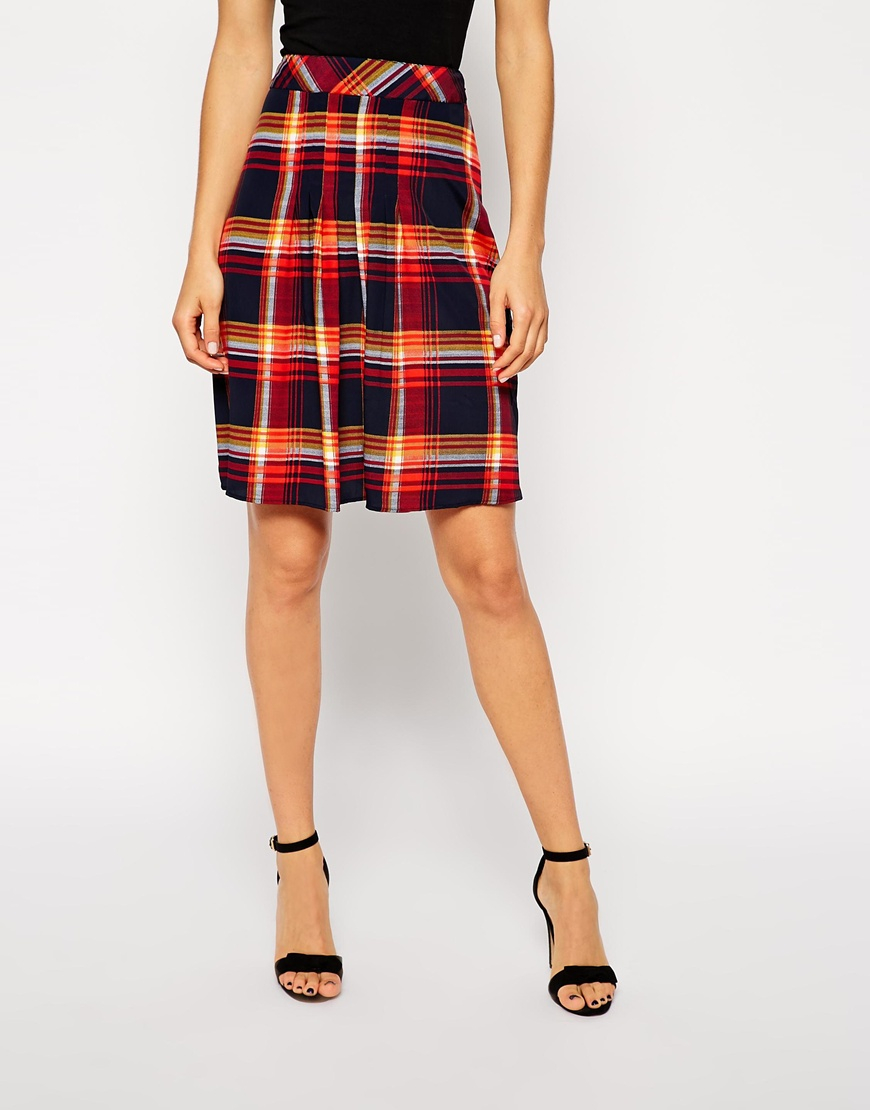 asos knee length skirt in tartan print with pleat front in
