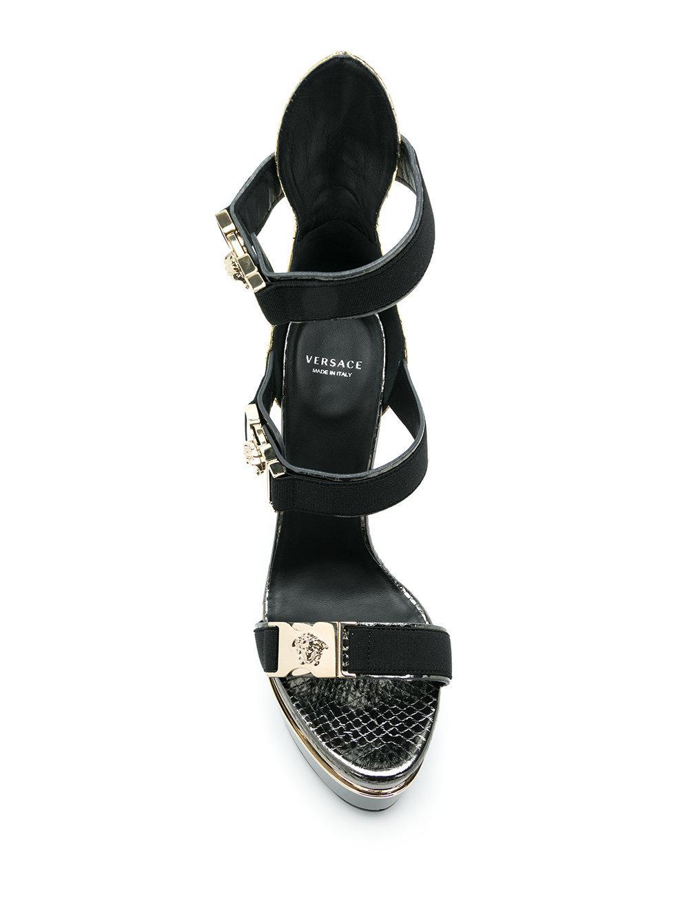 b595e7c74b4 Versace Medusa Platform Sandals in Black - Lyst