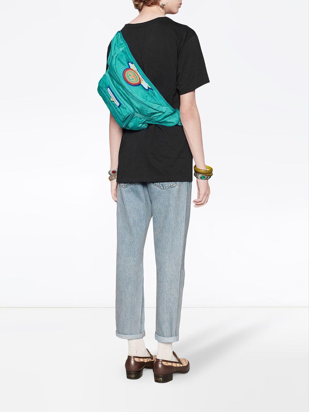 79b331719c Belt bag with '80s patch Gucci pour homme en coloris Bleu - Lyst
