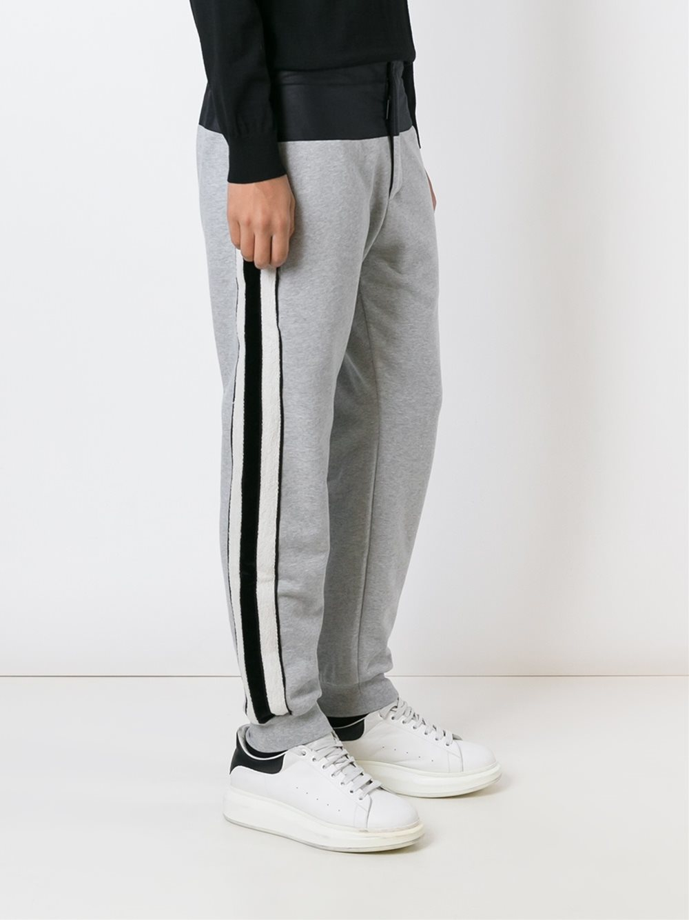 Alexander mcqueen side stripe track pants in gray for men - Hm herren jeans ...