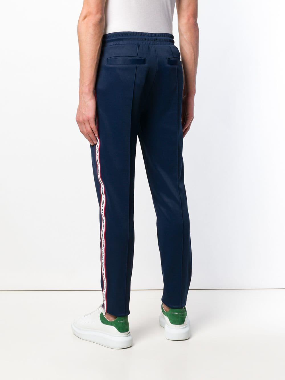 7e6cc0bea8c Tommy Hilfiger - Blue Pantalones de chándal con cinta del logo for Men -  Lyst. Ver en pantalla completa