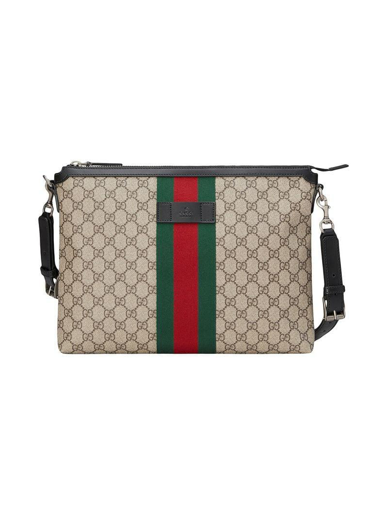 802f74040da Gucci GG Supreme Medium Messenger Bag for Men - Lyst