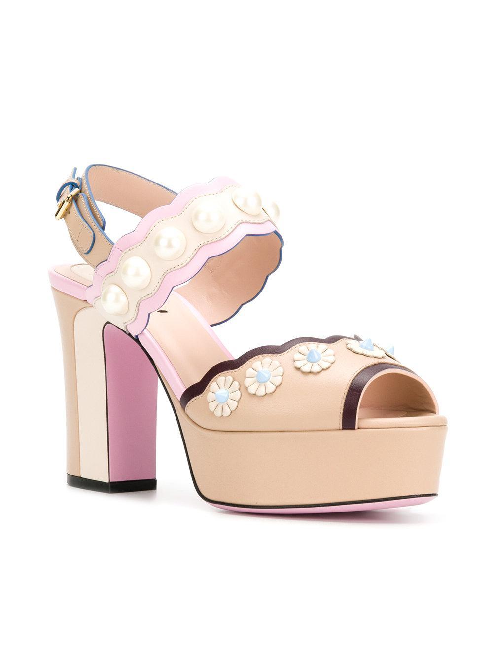 scalloped open toe sandals - Nude & Neutrals Fendi O5Kn3