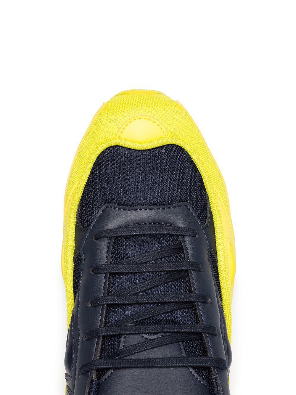 new product 502cc ad36c Lyst - Zapatillas Ozweego de piel adidas By Raf Simons de hombre de ...