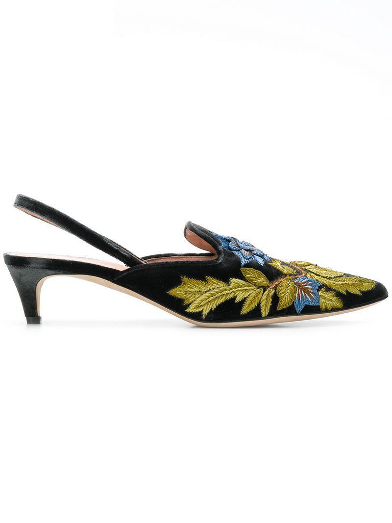 928f7d8ae4b Lyst - Alberta Ferretti Floral Embroidered Kitten Heels in Black