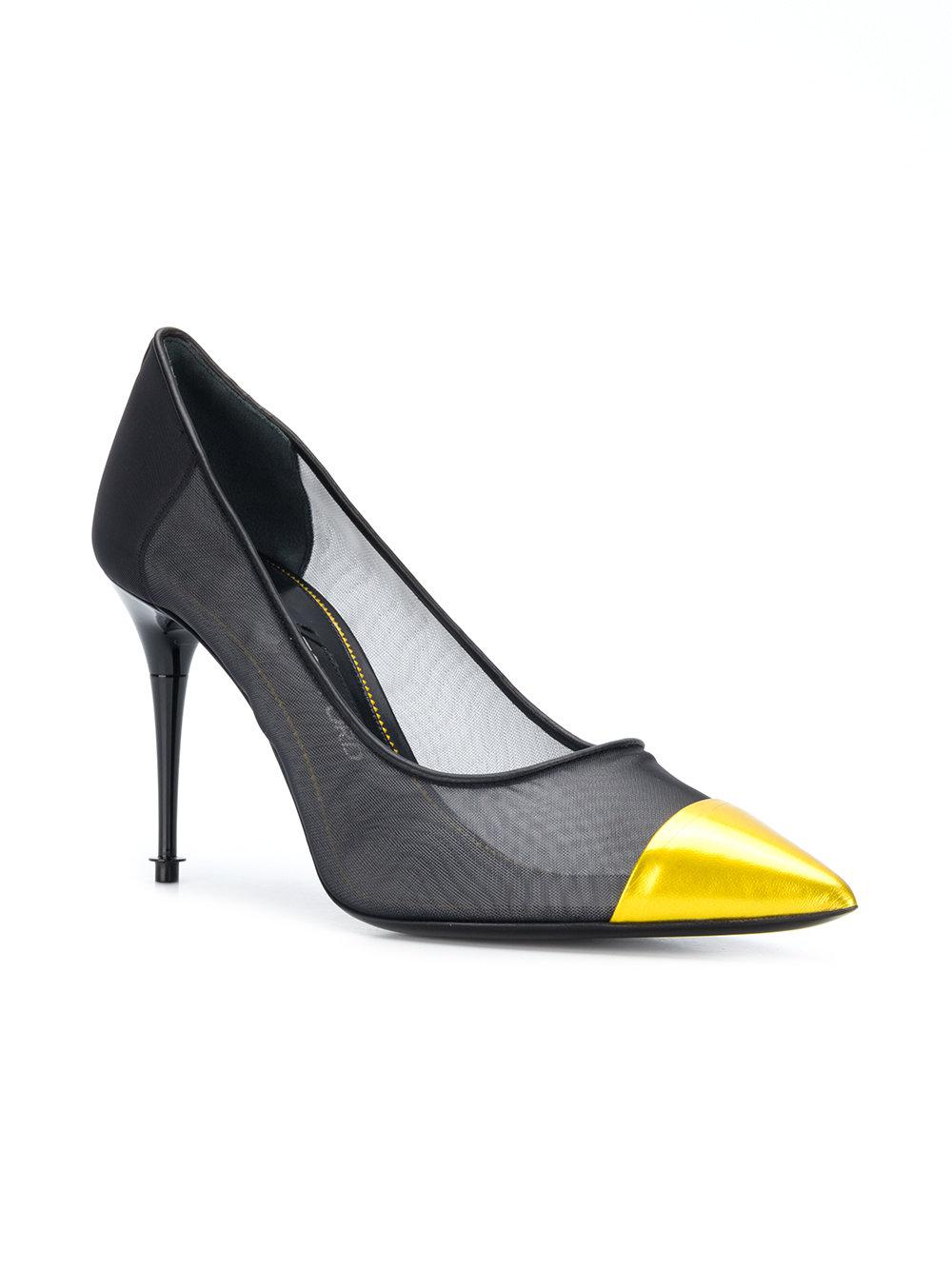 Tom Ford Contrast toe cap pumps Clearance Professional Buy Cheap Huge Surprise Sale Inexpensive inuJDra