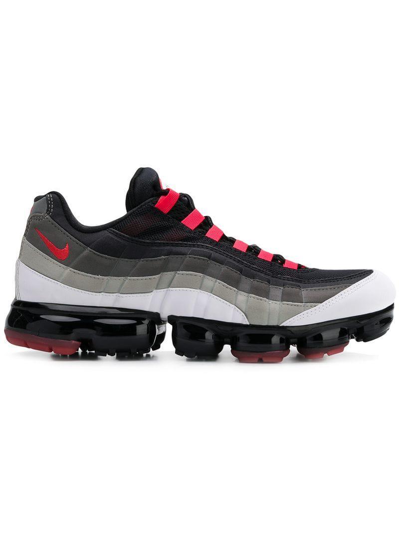 b13bd9aa87585f Nike Air Vapormax Sneakers in Black for Men - Lyst