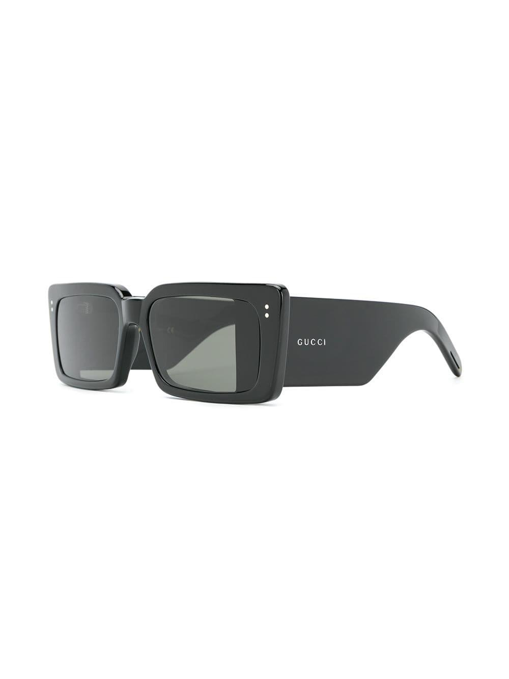 b2596b8bad0 Lyst - Gucci Square Frame Sunglasses in Black
