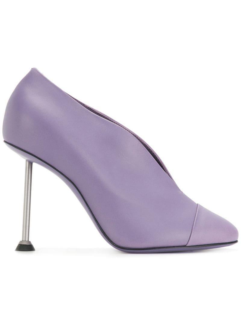 new style 3c027 b04e3 victoria-beckham-Pink-Metal-Heel-Pumps.jpeg