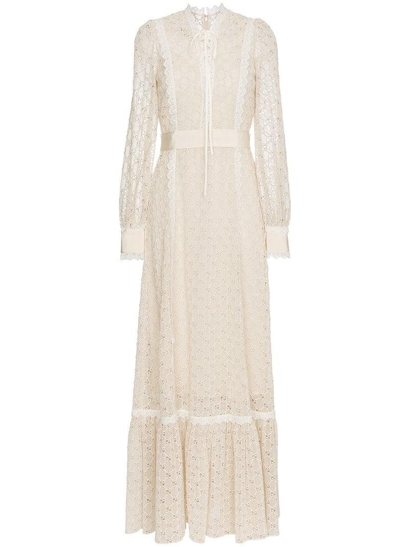 4060a9193 Gucci Macramé Logo Lace-trimmed Gown in Natural - Lyst