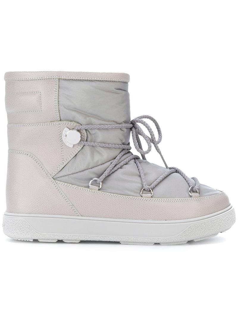 3d9ccae5ae3f Lyst - Moncler Fanny Snow Boots in Gray