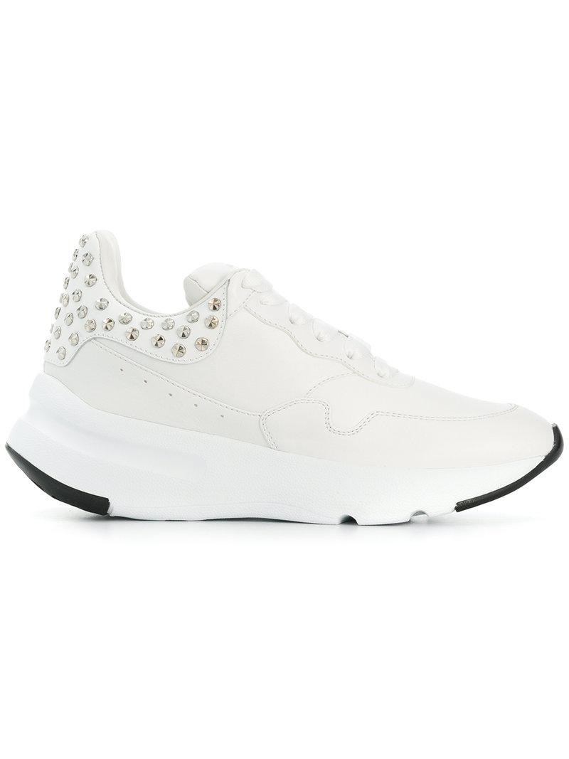 7c55f320ee34 Alexander McQueen Chunky Sole Sneakers in White - Lyst