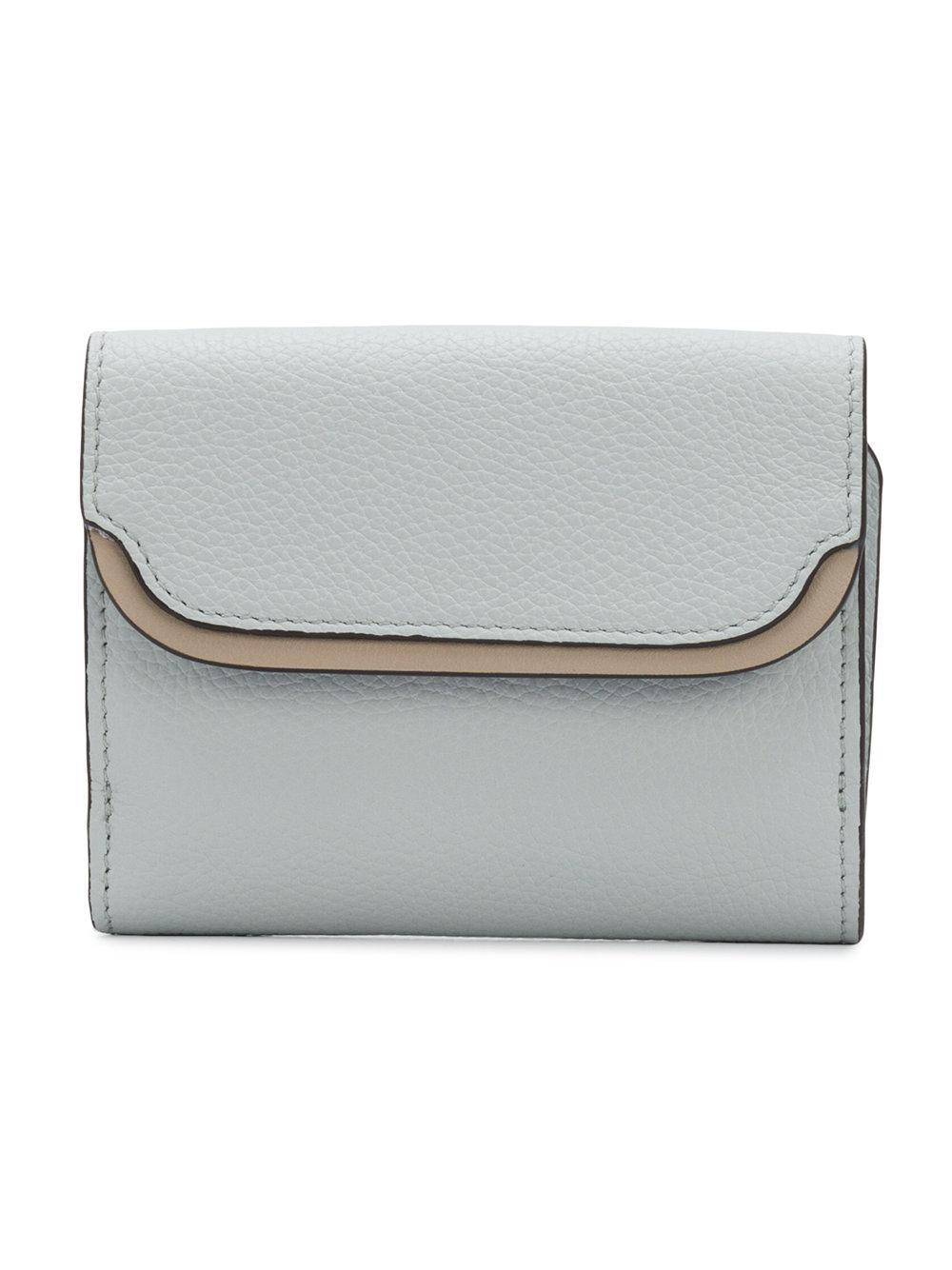 82d6fb0b0750 Chloé Easy Small Tri-fold Wallet in Gray - Lyst