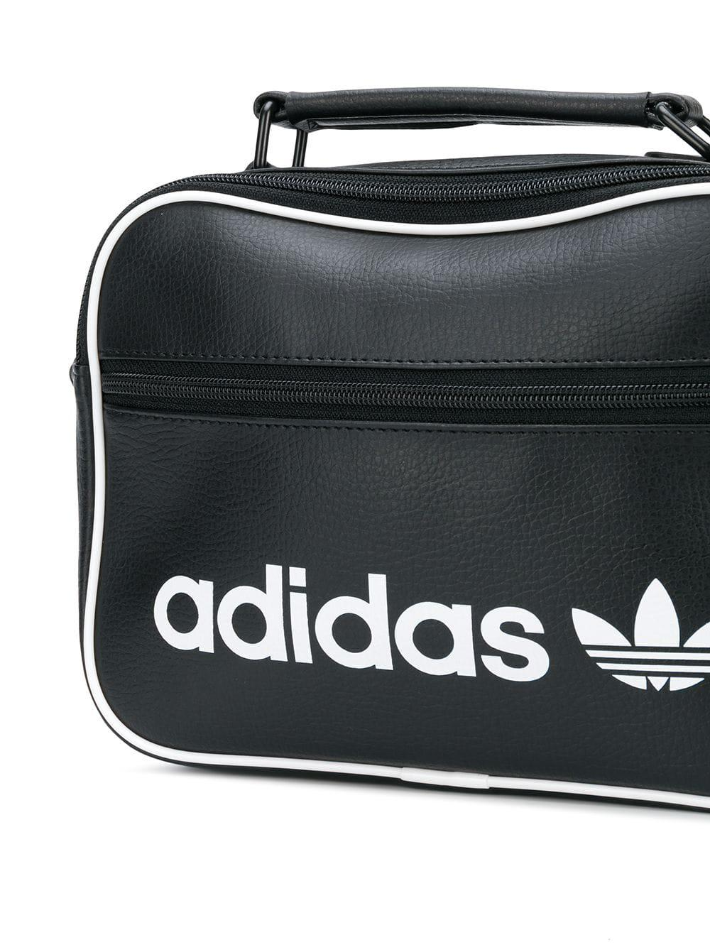 Sac Épaule Lyst Porté Logo Noir Adidas À Coloris Pour En Imprimé Homme 7bgmv6IYfy