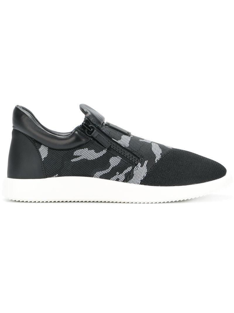 Giuseppe ZanottiCamouflage print sneakers AMGD41yZsC