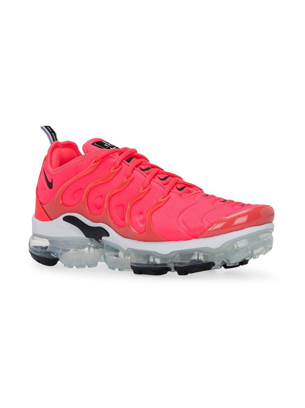ef4031f3b0b771 Lyst - Nike Air Vapormax Plus Sneakers in Pink for Men