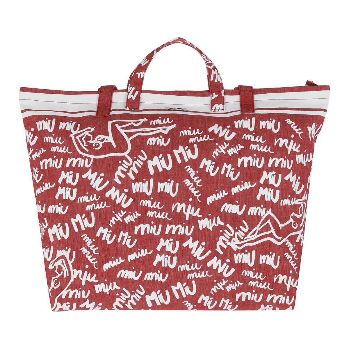 Miu Miu Scribble Print Canvas Tote Rosso bianco in Red - Lyst 109e9050c4