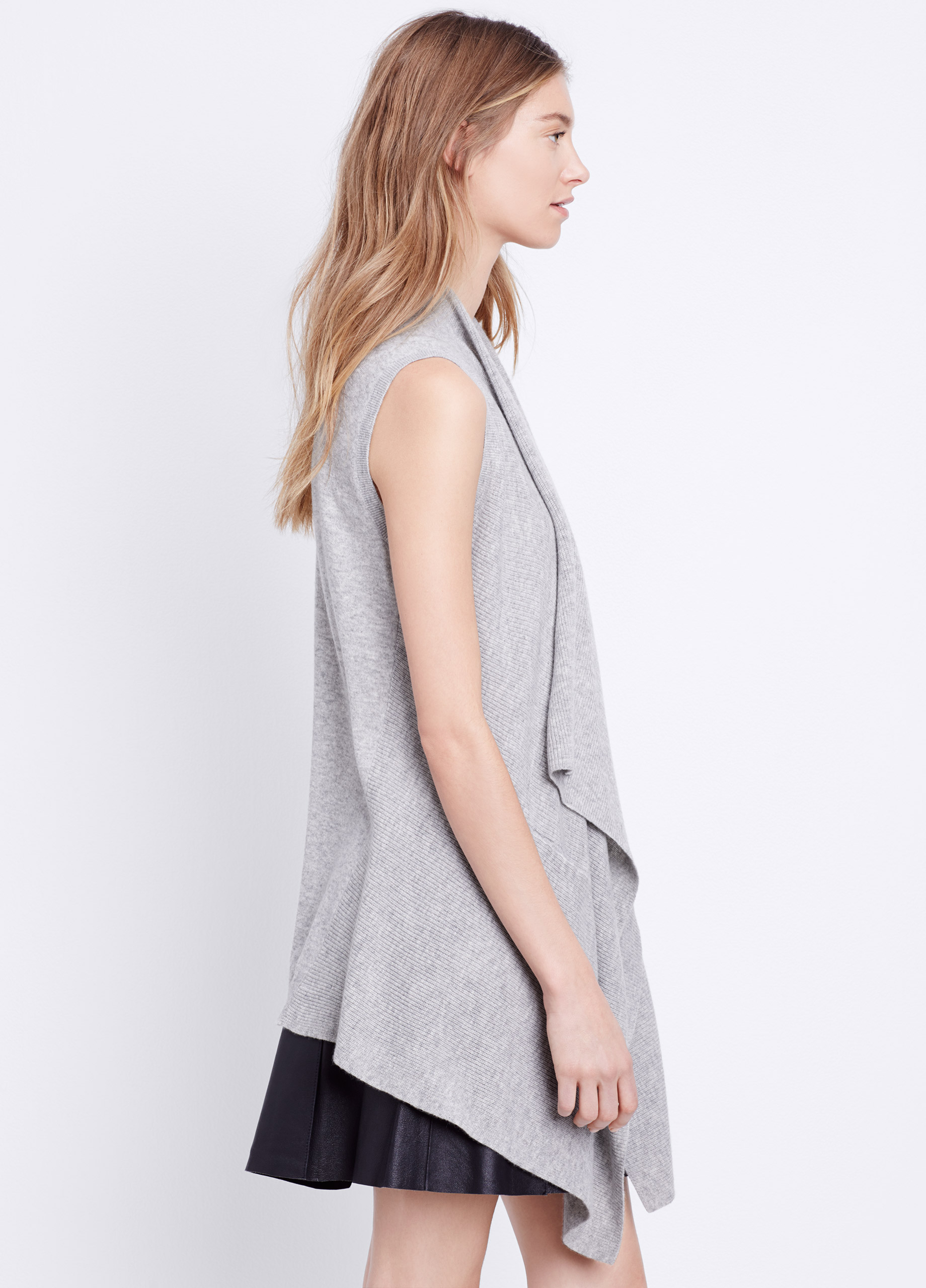 Vince Lightweight Wool Cashmere Sweater Vest in Gray | Lyst