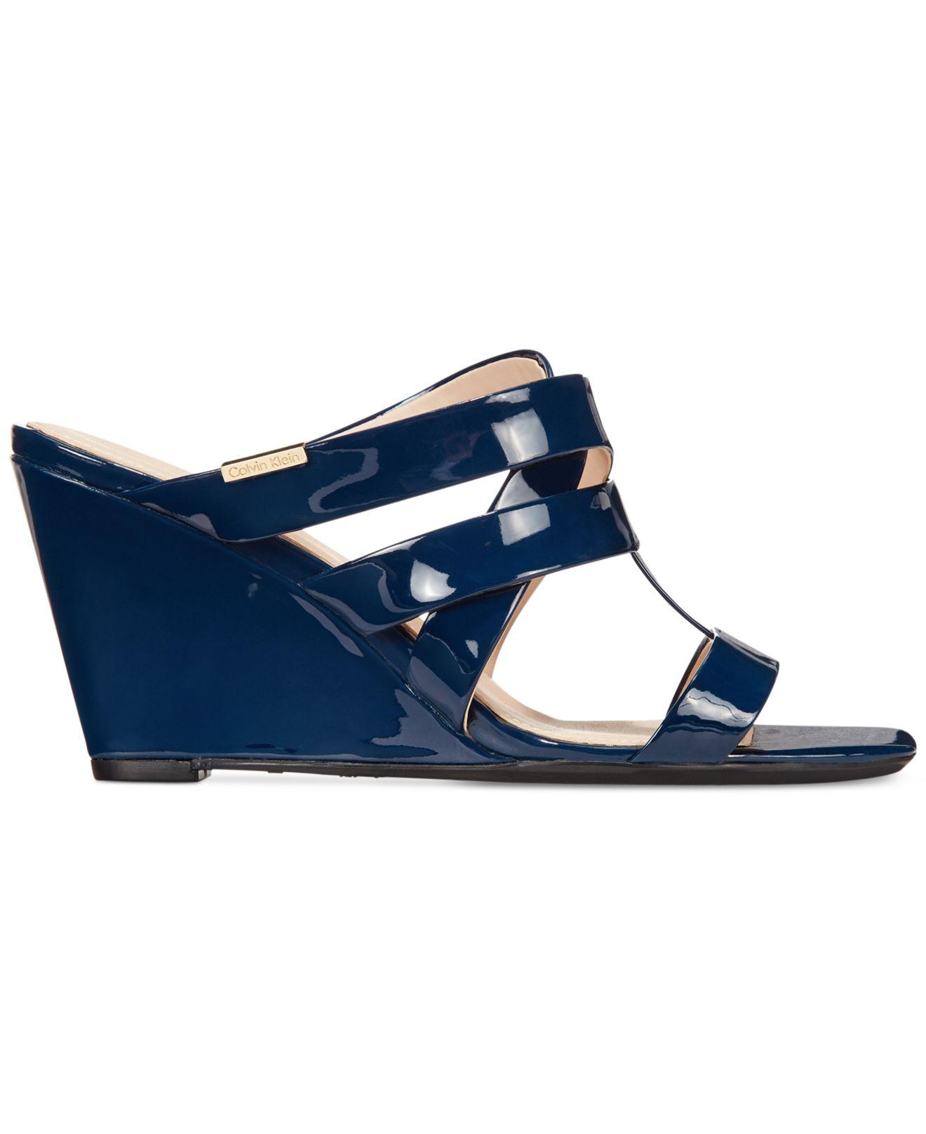 Luxury Women_WomenShoes_Flats_Sandals_Navy Blue Sandals